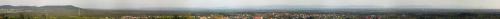 Widok na Beskid ze wzniesienia Skotnica 338m w Libiążu. W tle bardzo słabo majaczą Tatry :)