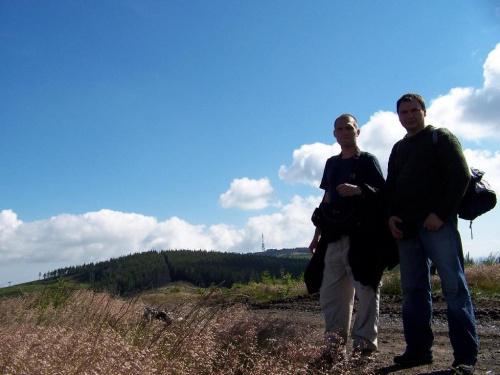 Ja z Michałem, a w tle oba wzniesienia Skrzyczne #skrzyczne #beskid #panorama #krajobraz