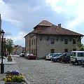 Synagoga w Sandomierzu znajduje się na ul. Żydowskiej 4 w Sandomierzu w zachodniej części Starego Miasta i przylega na murów miejskich. #Sandomierz #Polska #Rynek #kamienice #Ratusz #renesansans #kotwica #studnia