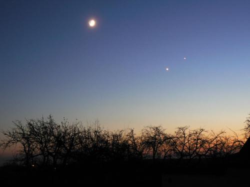 #noc #księżyc #niebo #jowisz #wenus