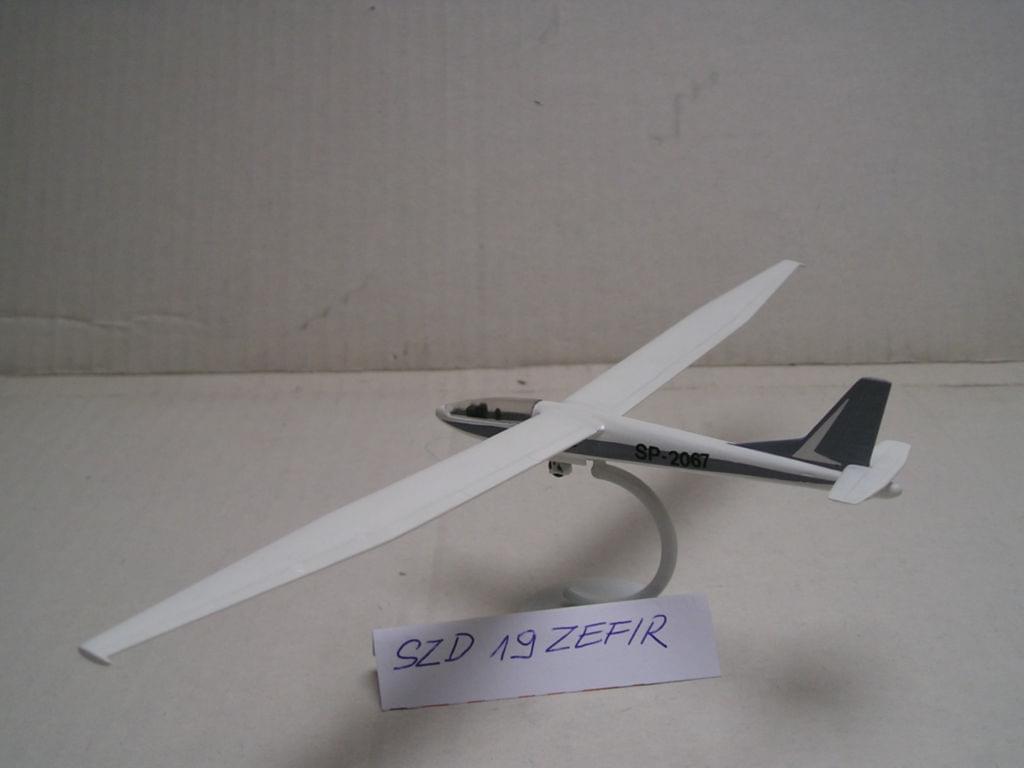 SZD-19 Zefir glider - 1/72 ZTS SIEDLCE Bf77fcb3c86ca444