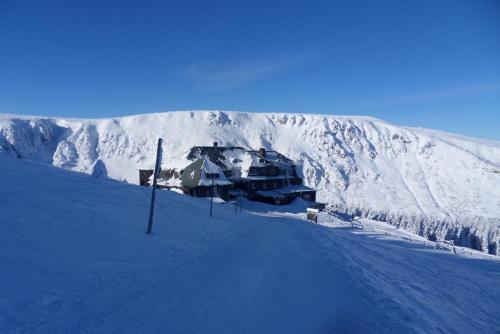 W drodze na Śnieżkę. #góry #karkonosze #zima